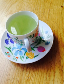 A spot of apple mint tea? Don't mind if I do!